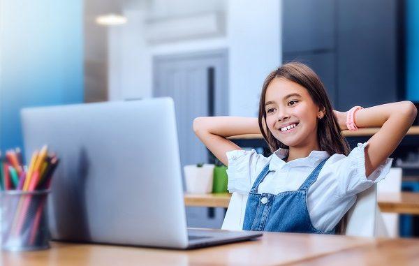 Türk Telekom eğitime dijital destek.