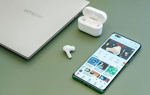 HONOR True Wireless Earbuds.
