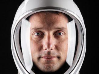 NASA Astronotu Deezer.