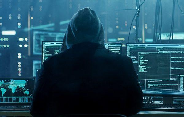 Takip yazılımları tehlikeleri ESET.